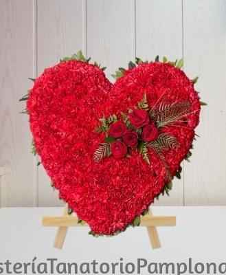 Corazon Funerario clavel Rojo