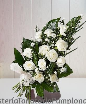 Ramo funerario 12 rosas blancas