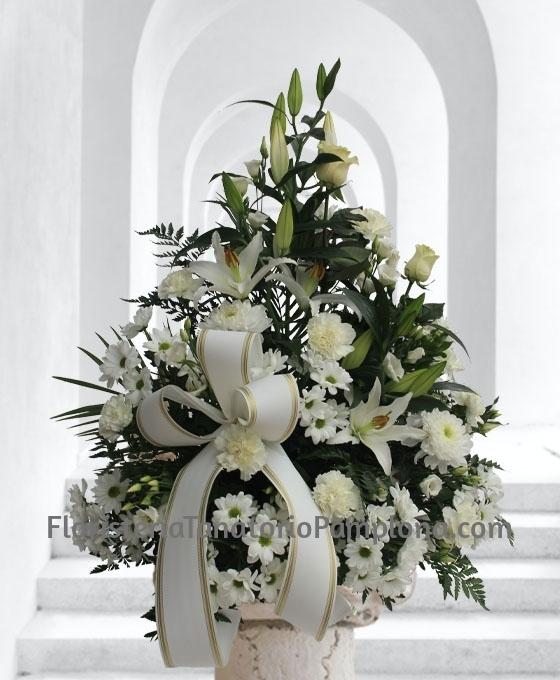 enviar flores para funeral urgentes al Tanatorio, Enviar Centro de flores para entierro en Pamplona, Flores funerarias urgentes para Pamplona, Mandar centros funerarios de flores para Pamplona